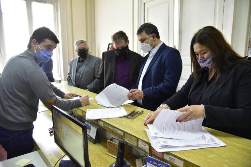 Villa María: Rosso presentó en el Concejo Deliberante convenios para avanzar en la ejecución de siete obras en la ciudad